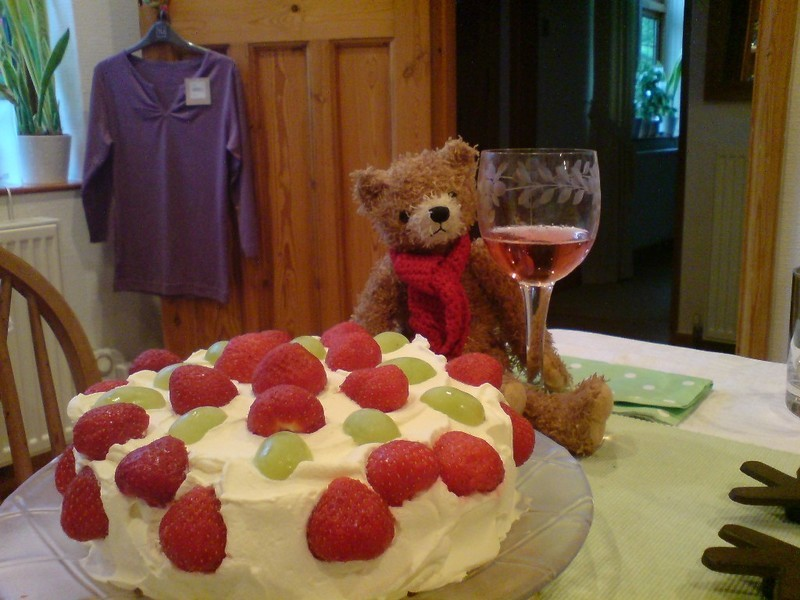 Treacle cake
